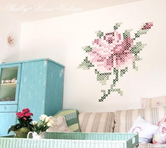 Pintura-ponto-cruz-na-parede-03